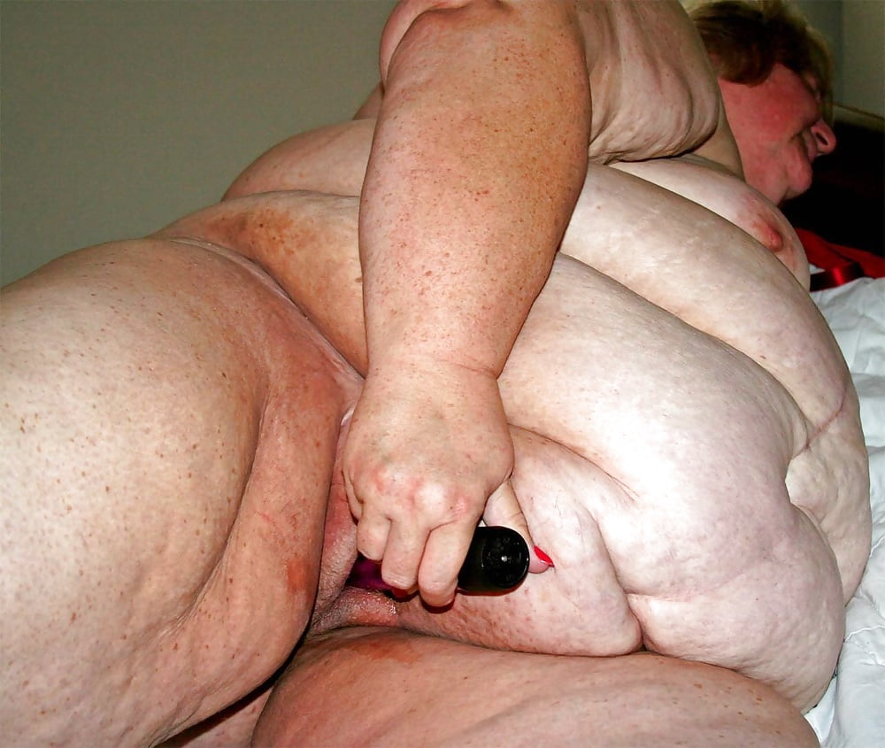 Morbidly Obese Small Penis Exposed