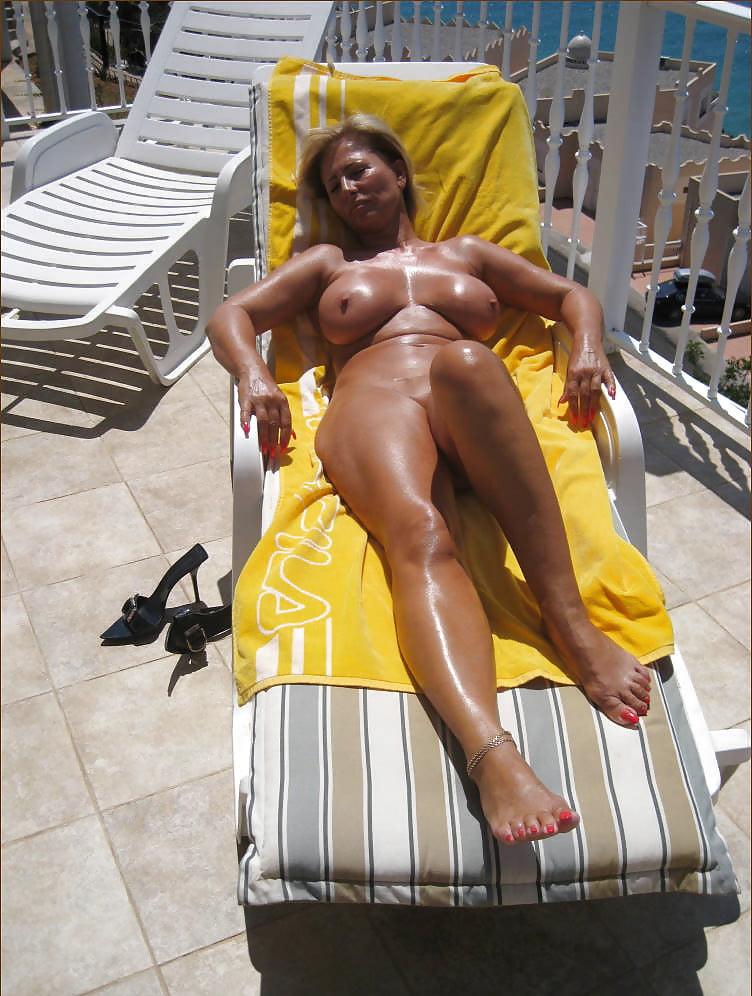 Legsworld nude mature 10