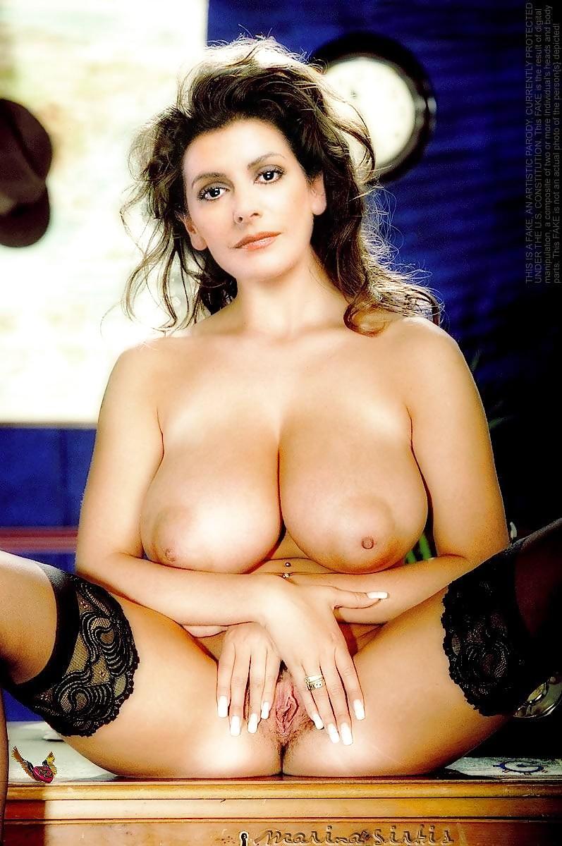marinas-sirtis-nude-coed-twins