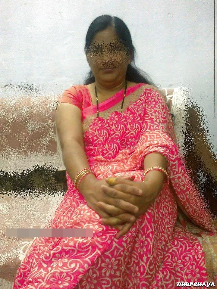 Nude pic aunty Manisha