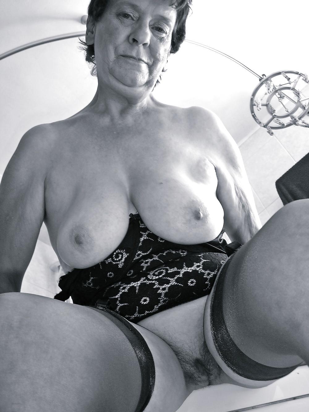 Retro Granny Pics