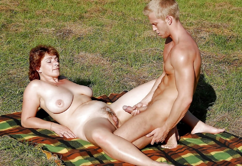 funnysex-blonde-nude-old-couples-sex-gypsy-woman-nude