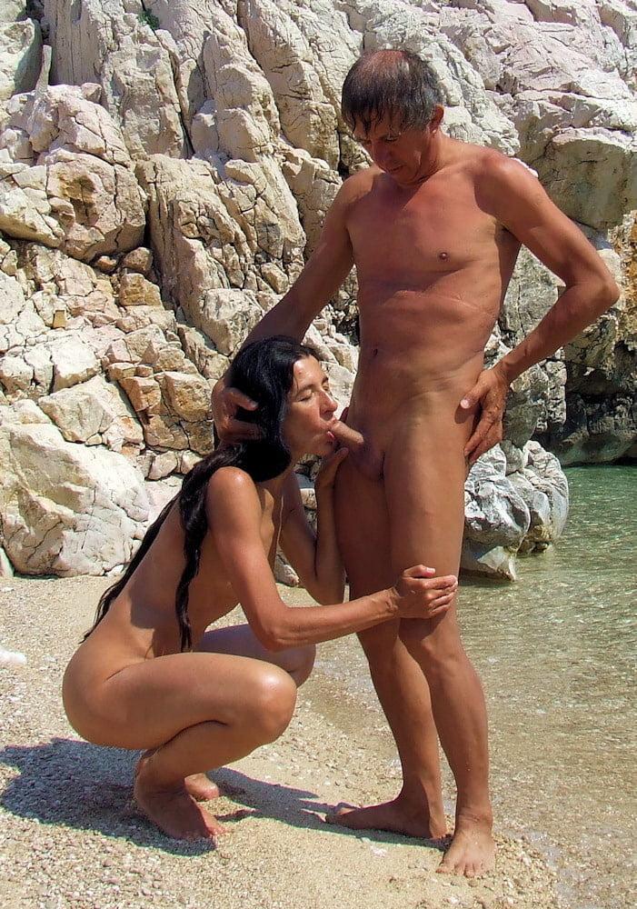 Exhib milf naked on fkk beach in croatia