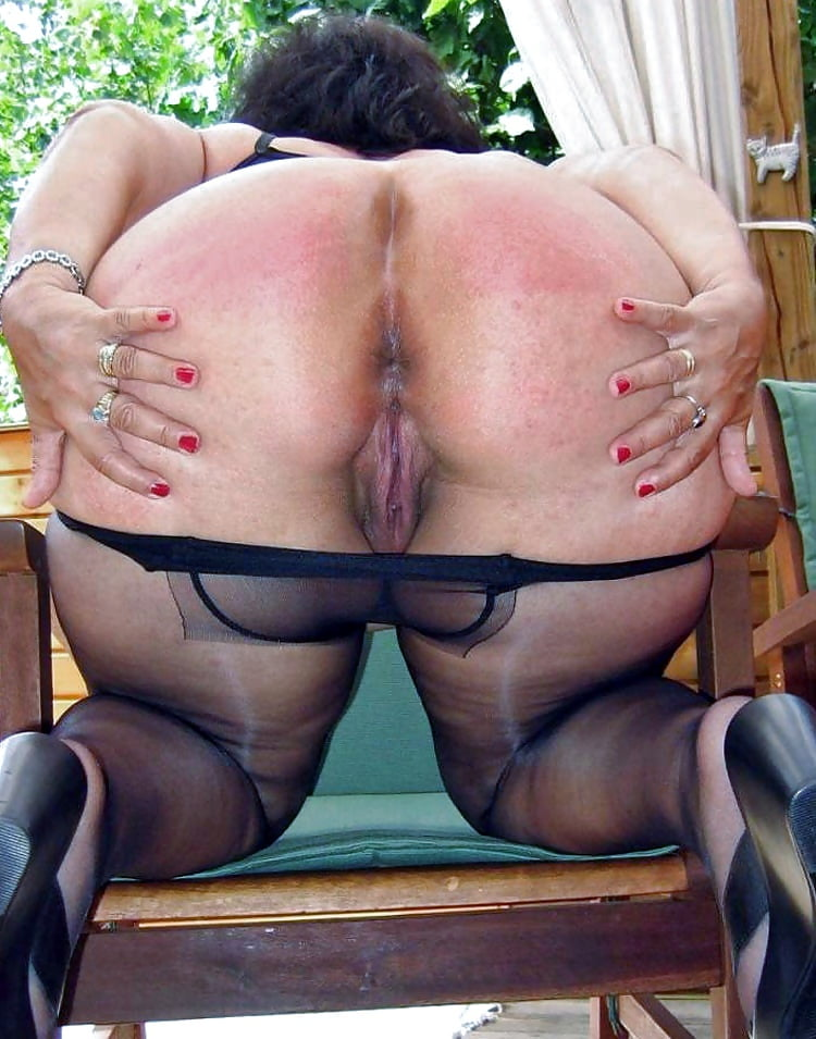 Phat Ass Milf Rachel Starr Pussy Smashed On A Red Couch