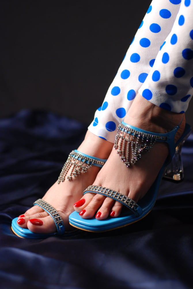 Sexy Indian Natural Toes