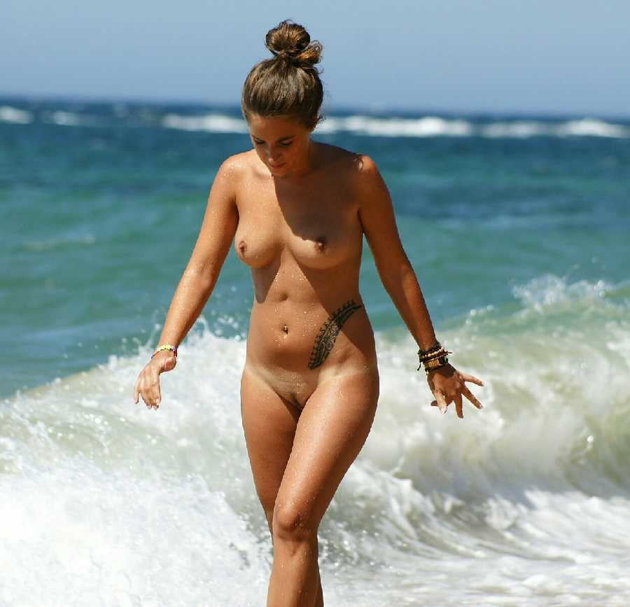 Classic sexy nude on the beach, what is an erotic party