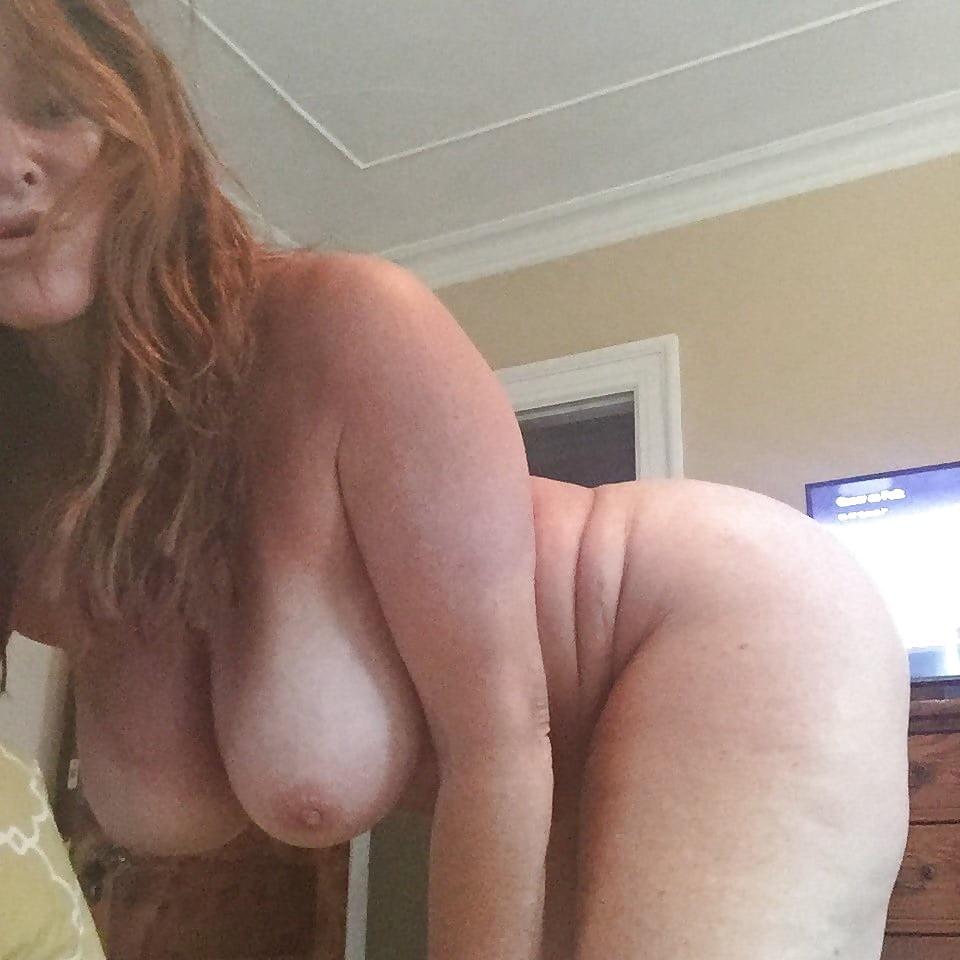 Mallika sherawat boob show