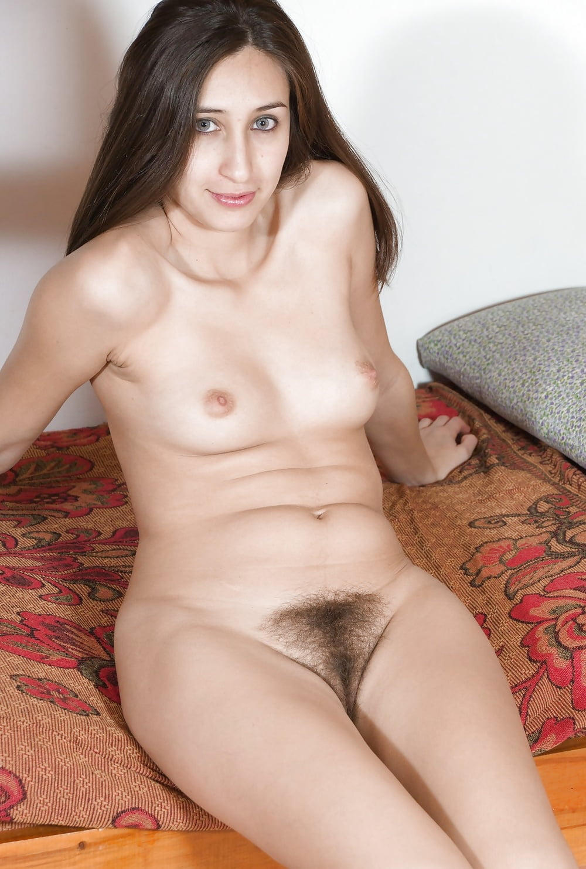 vilma-models-nude-self-fisting-videos