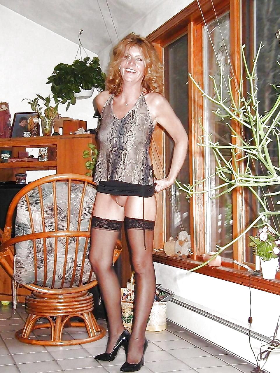 Sexy milf high heels-7394