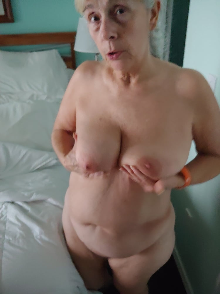 Debbie after two rounds of sex - 20 Pics
