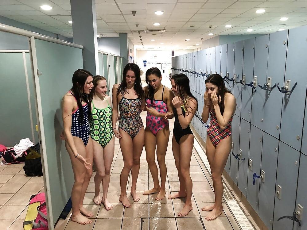 sexy-girls-locker-room-from-china