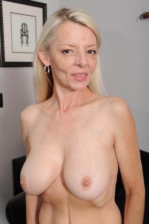 sexy-topless-older-women