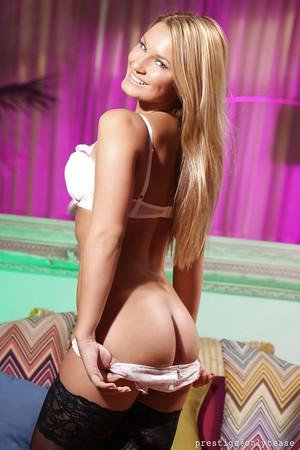 sexy boobs porn close