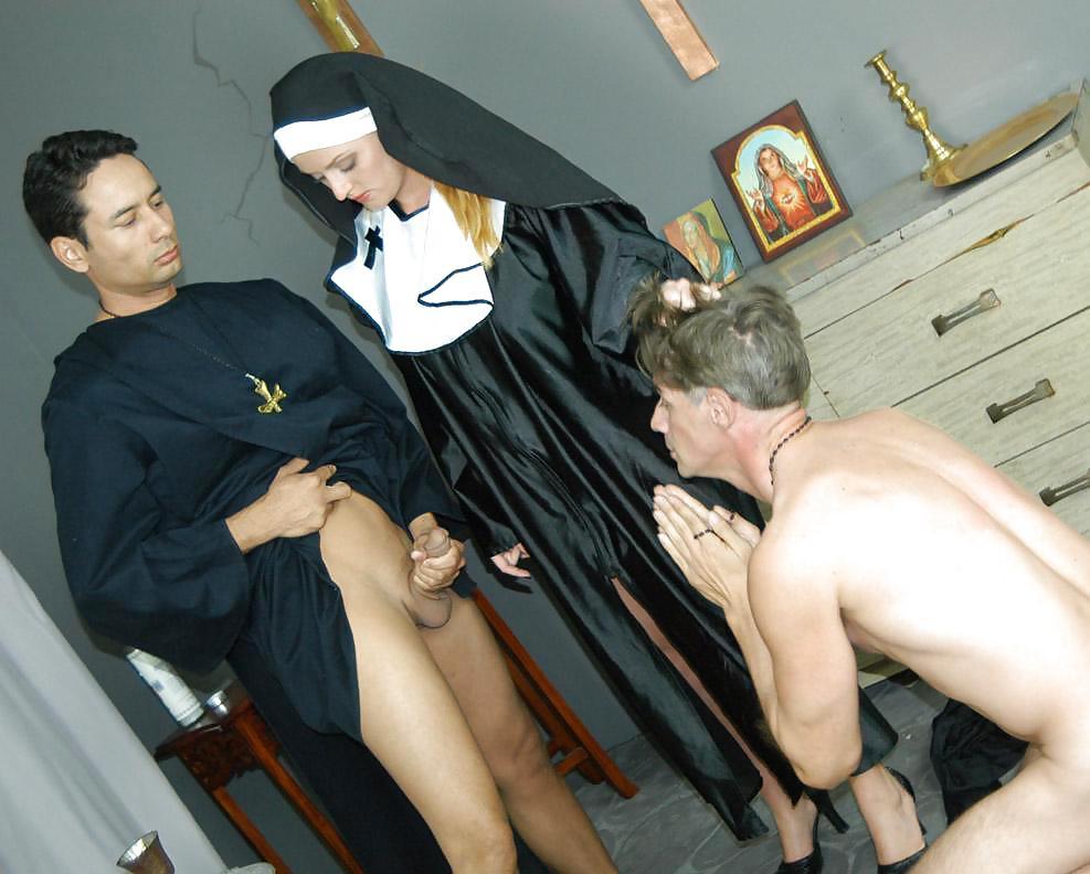 Pat priest porn, aimee marie nude photos