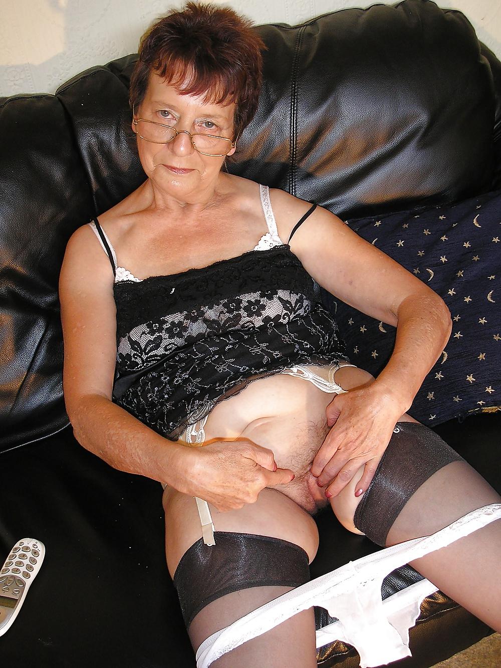 Fendom granny pussy Strict Femdom Granny - 12 Pics | xHamster