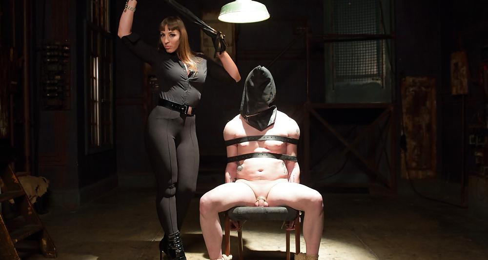 mistress-sue-bdsm-detroit-mich-brittany-cu