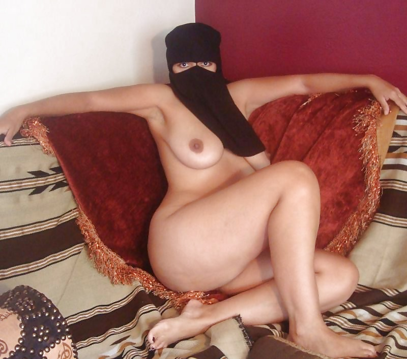 Arabic pregnant sex and home dance desperate arab woman fucks for