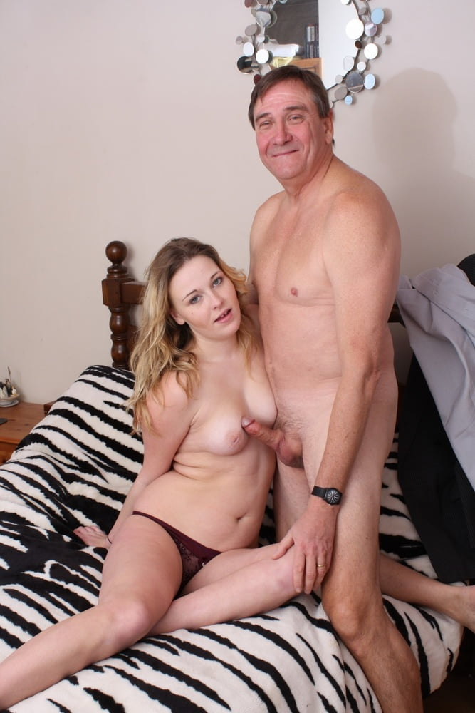 fully-naked-father-girl