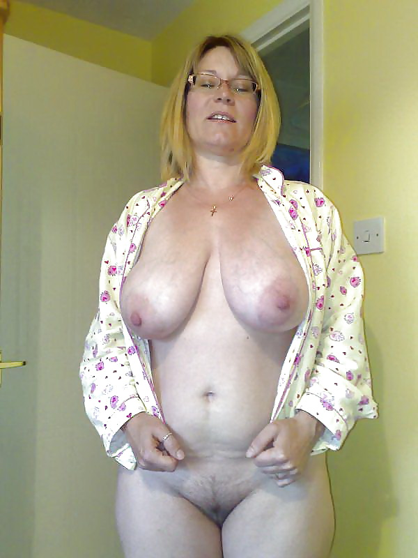 Mature Tits Photo