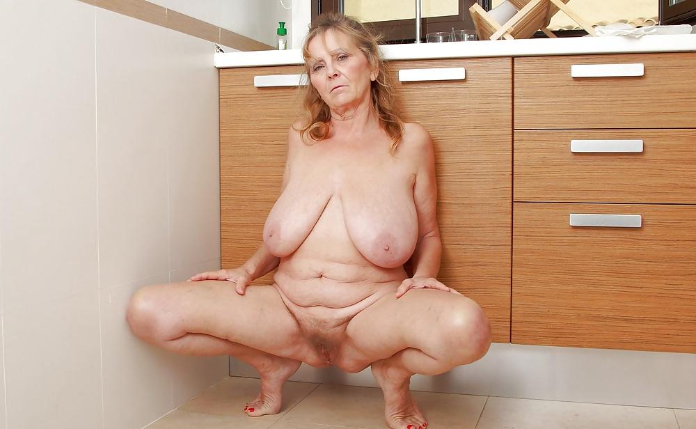 Big Tits Granny Pic, Free Women Gallery