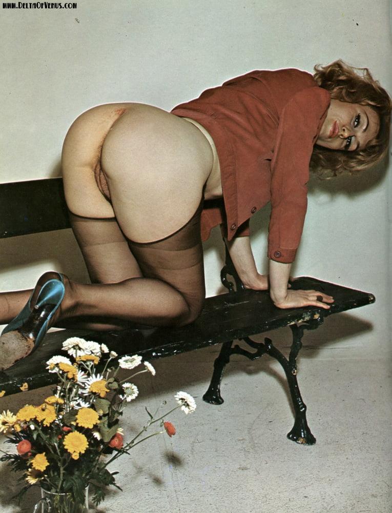 Tojalrajas    reccomend amateur mom stripping