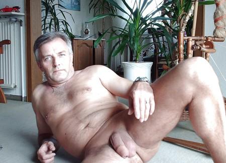 gay dating for older men