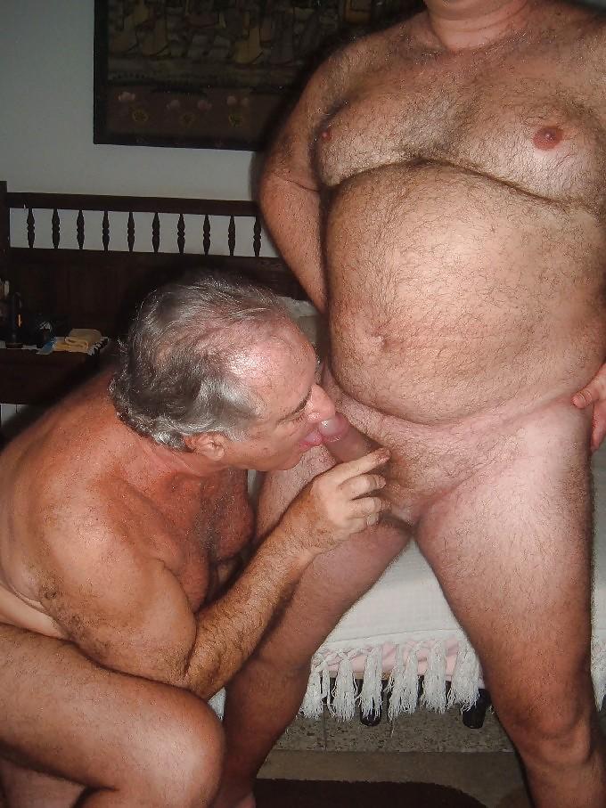 woman-bisexual-man-sucking-old-naked-men-pics
