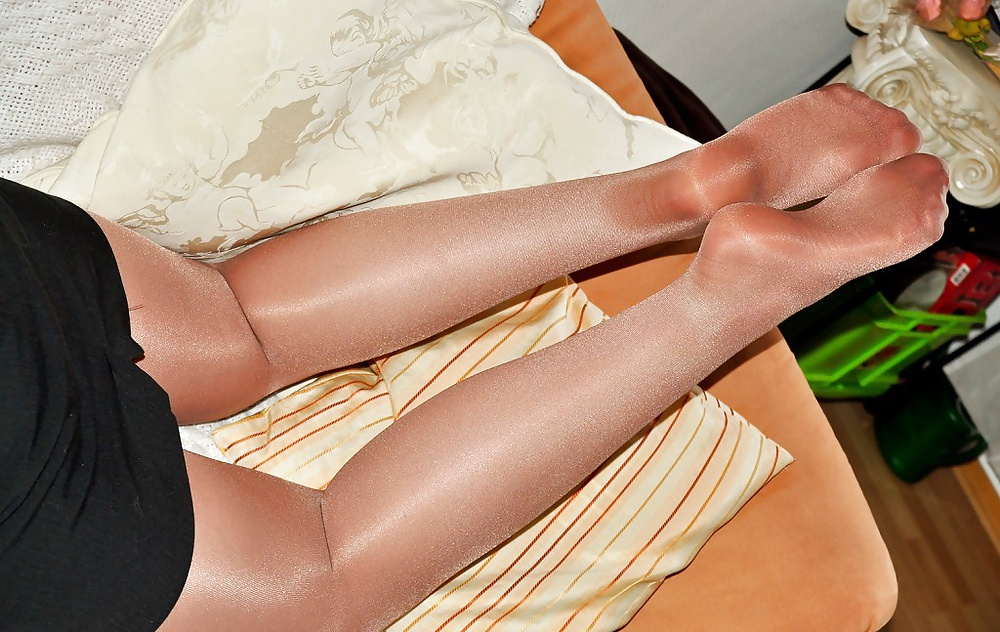 Married couples in pantyhose