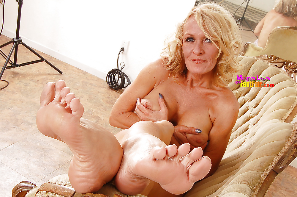 mom-foot-fetish-stories-free-naked-mature-women-video