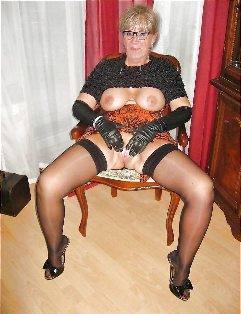 Mature & Grannys 0333 - 97 Pics