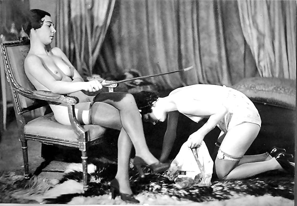 pizde-golaya-starie-eroticheskie-retro-filmi-na-russkom-yazike-orut