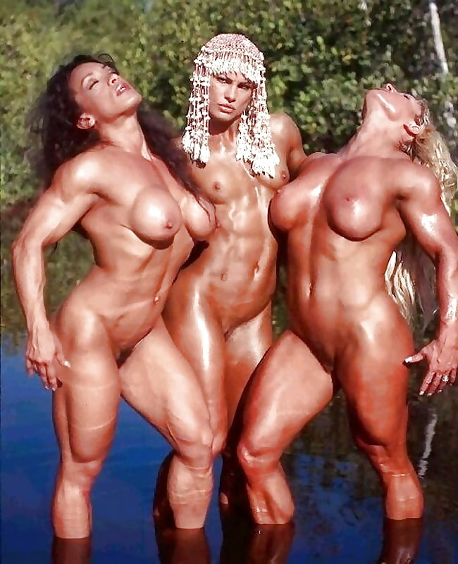 muscular-woman-getting-nailed