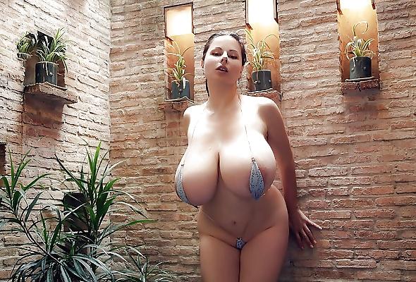 Erotic Pix Nude photos of ivana trump
