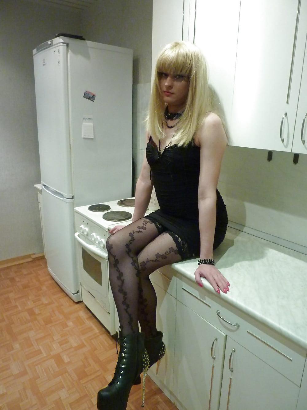 znakomstva-s-transvestitami-v-pitere-porno-filmi-realnie-semki