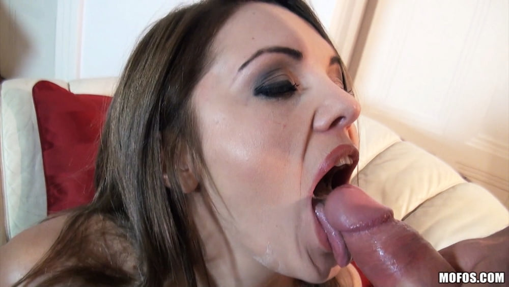 Real girlfriend martina gets fucked-2422