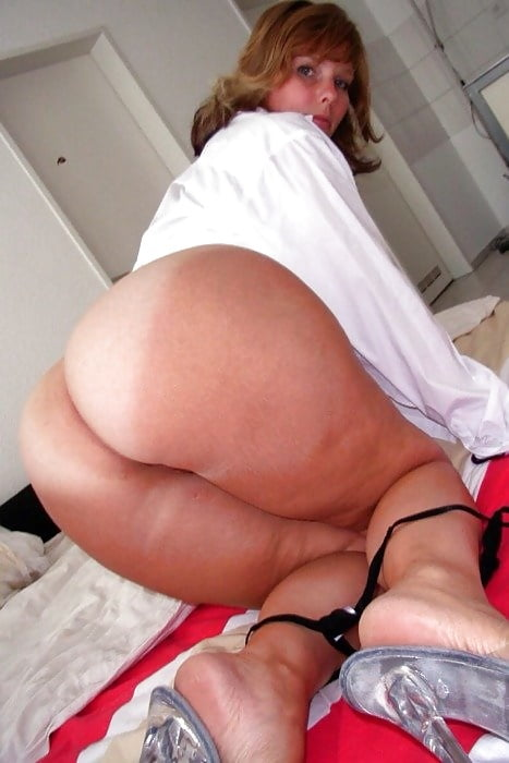 Messy ass pictures free red, christina aguilera fake photo naakt