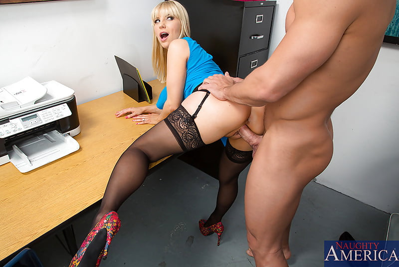 Download xpics fucking my secretary ass
