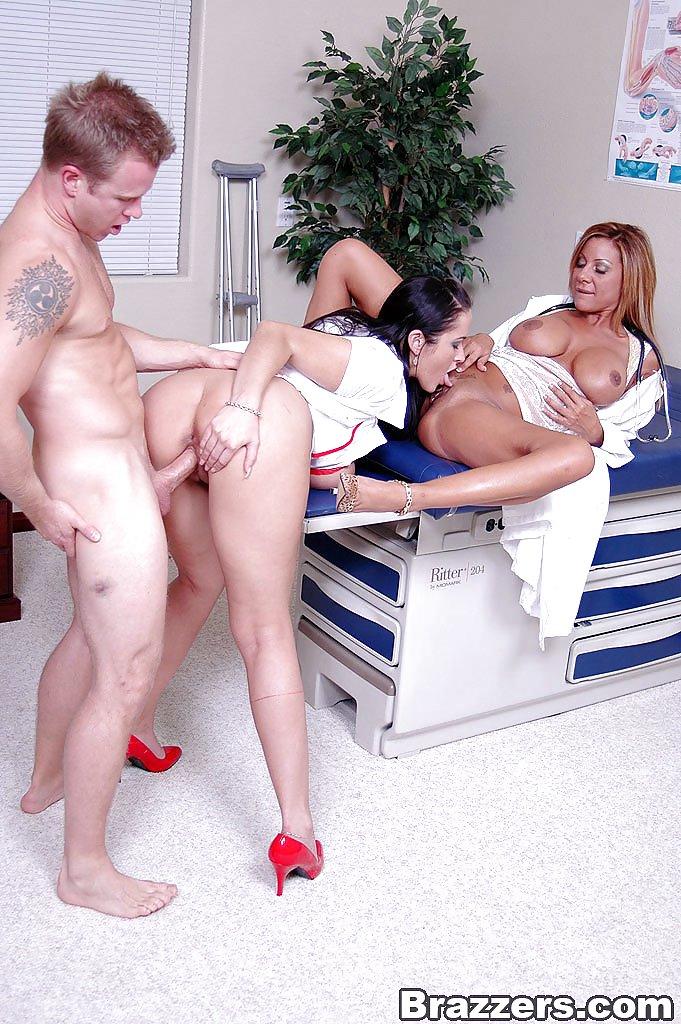 nurse-milfs-bisexuals-tna-diva-angelina-love-porno