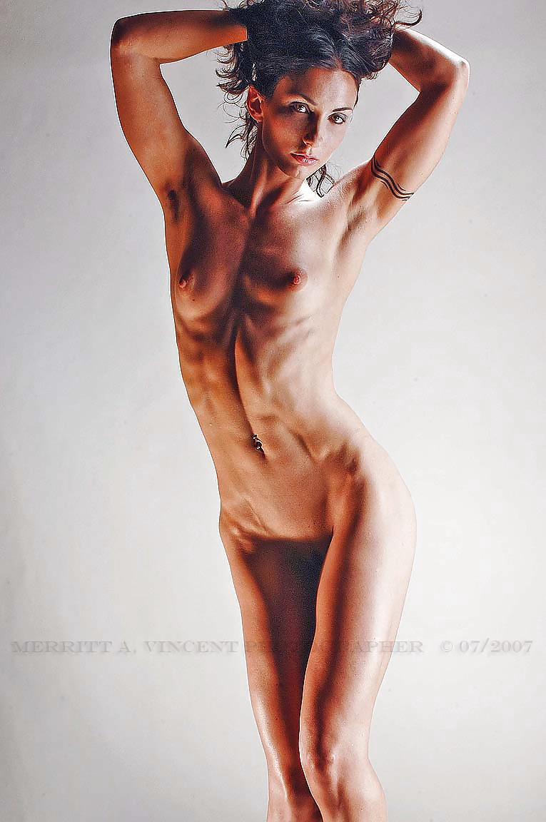 anorexique-nude-girls-crystals-sex-toys