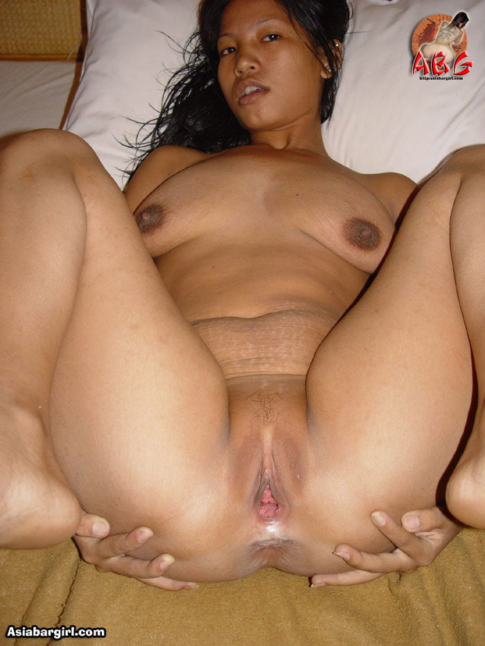 Nut khmer girl