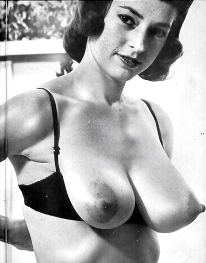 Hot Barbara Francesca Nude Images