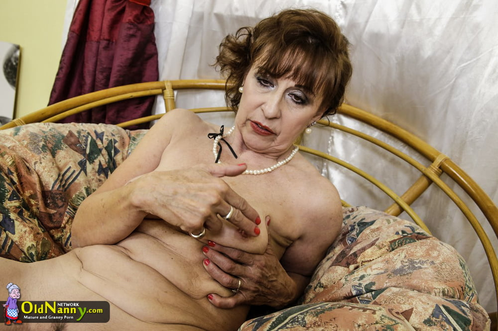 Granny pictures naked-8063