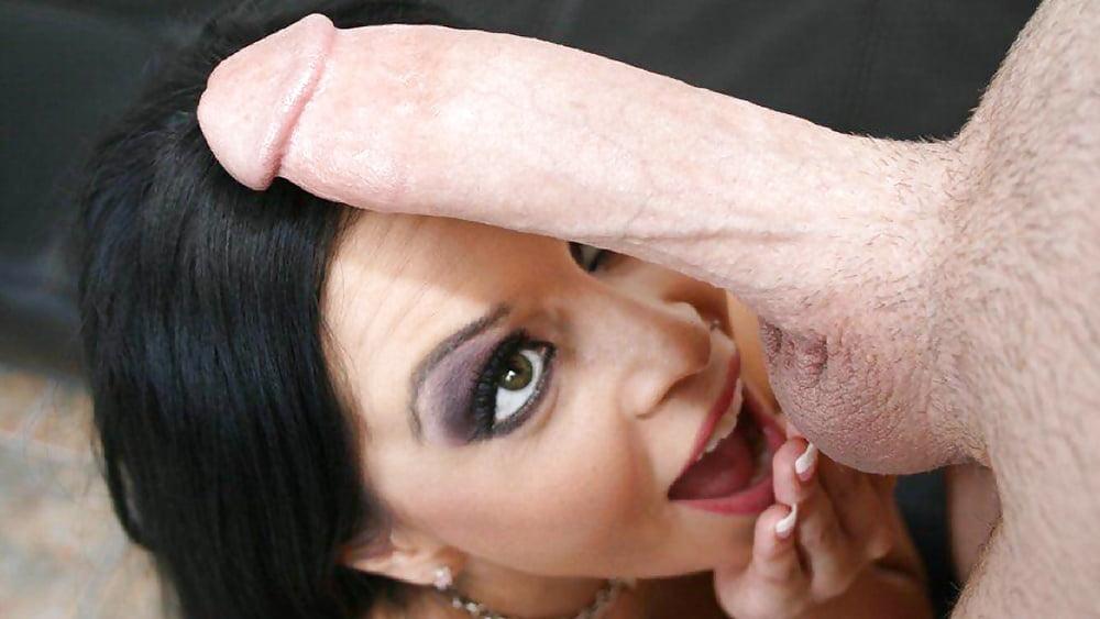 girl-suck-uncut-cock