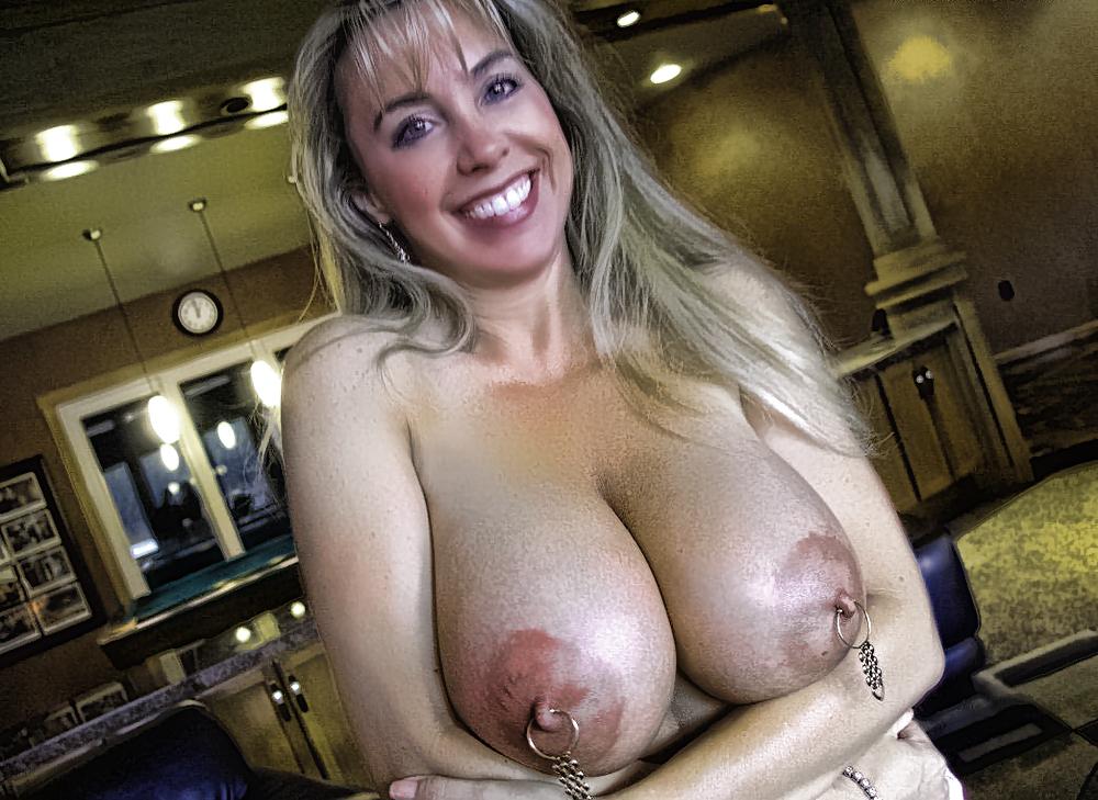 Huge Breast Full Nude Celeb Huge Busty Moms Huge Breast Full Nude Celeb Huge Busty Moms