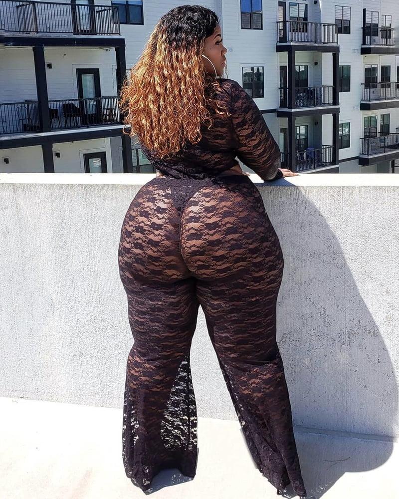 Big Booty Ebony Quickie