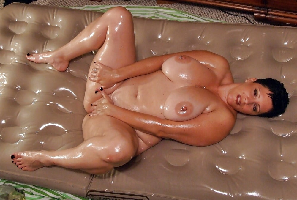 Fat oiled nude