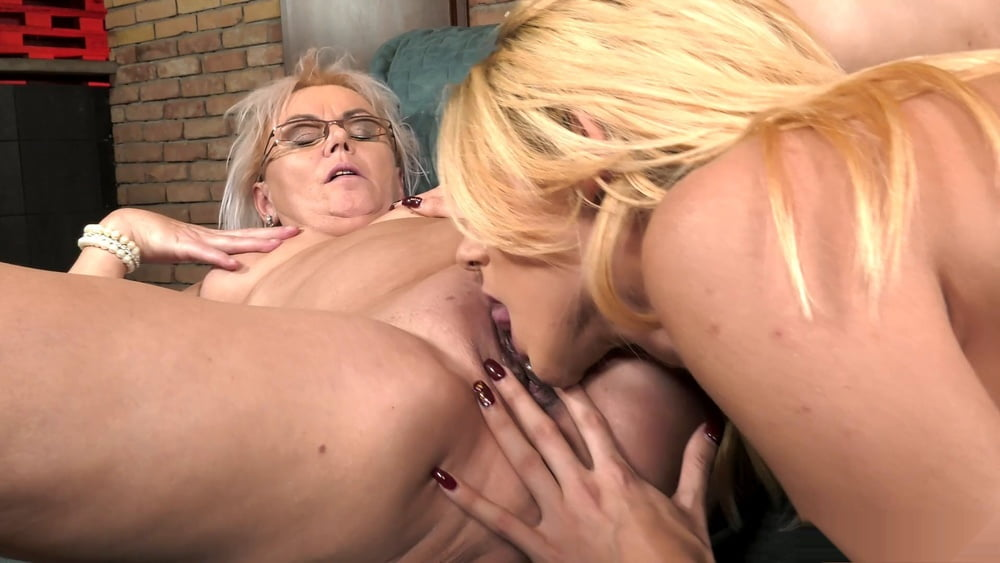 Porn grandma lesbian
