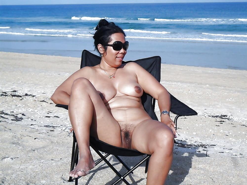 Mature nude beach women