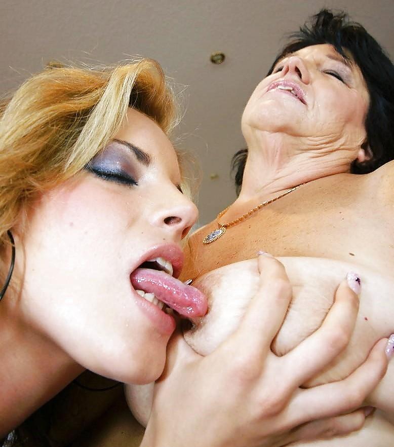 kinky-young-lesbians-sex-pornhub-big