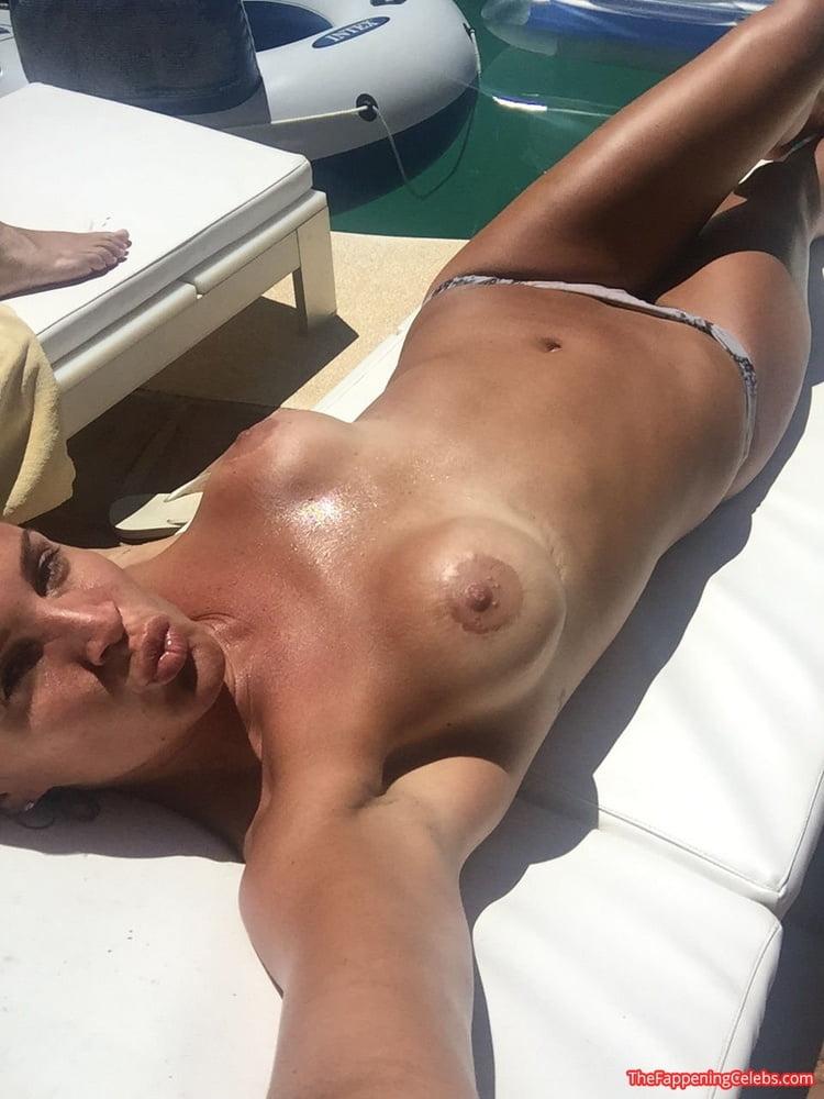 Danielle lloyd playboy pics